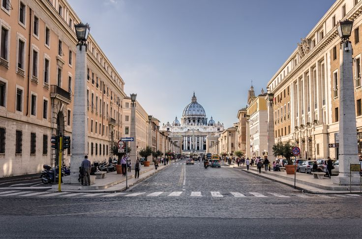 View along Piazza Pio XII towards St Peter's Basilica, The Vatican, Rome by Andrew Reed on 500px