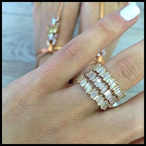 http://rubies.work/0499-sapphire-ring/ Suzanne Kalan baguette eternity rings in 18k gold and rose gold.