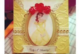 Resultado de imagem para bandeja para festa 15 anos decorada modelo a bela e a fera