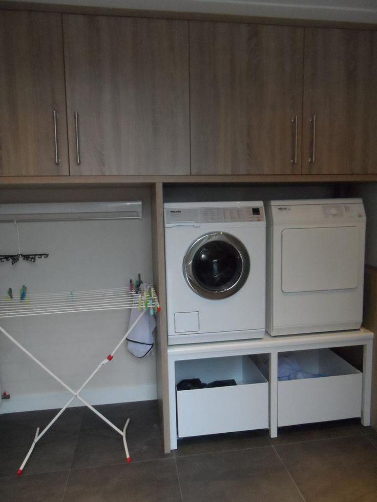 Bekijk de foto van Cyn42 met als titel Praktische wasruimte! En veel kastruimte. en andere inspirerende plaatjes op Welke.nl.
