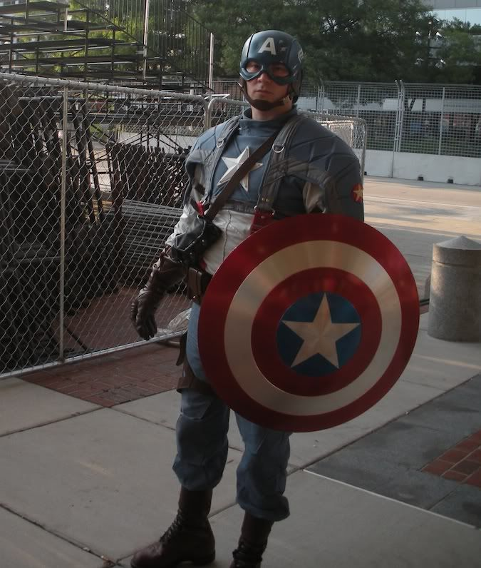 Steven ROGERS alias Captain America