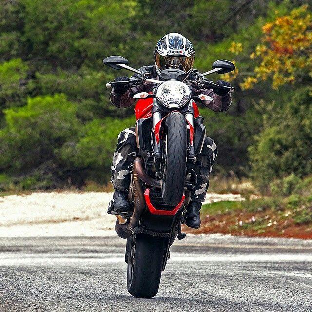 Ducati 620 Monster Ie Wheely идеи изображения мотоцикла