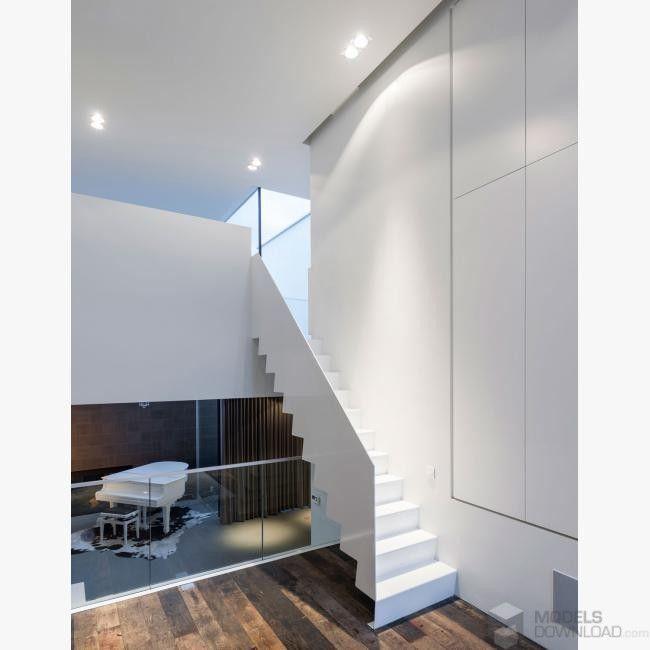 Schody, biała przestrzeń, drewniana podłoga