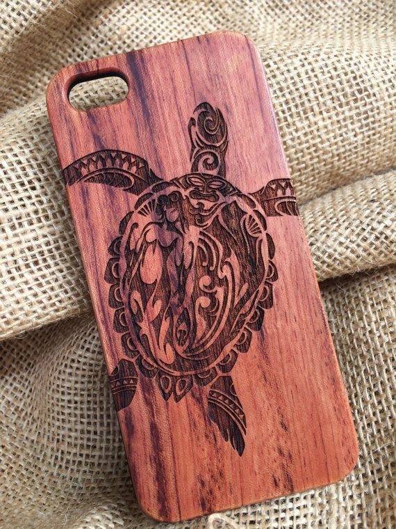 Artistically designed and crafted phone case engraved right into the wood. This eye popping case of a Tribal Turtle will make for a great conversation starter in most any situation.