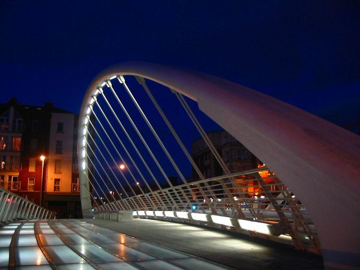 James Joyce Bridge, Dublino (Santiago Calatrava)