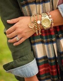 flannel + gold= cozy comfy