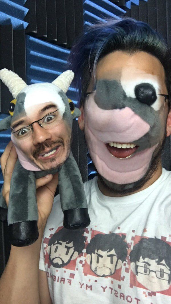 This absolutely horrifying faceswap mark did
