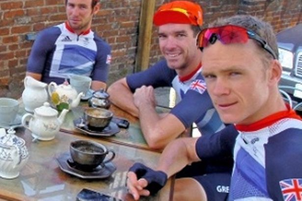 Mark Cavendish and his fellow Team Great Britain cycling stars enjoyed a cup of #tea at a Ripley café before the Olympic cycle road  race.