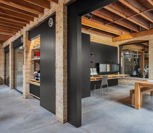 Ranquist Development Group Office / Vladimir Radutny Architects