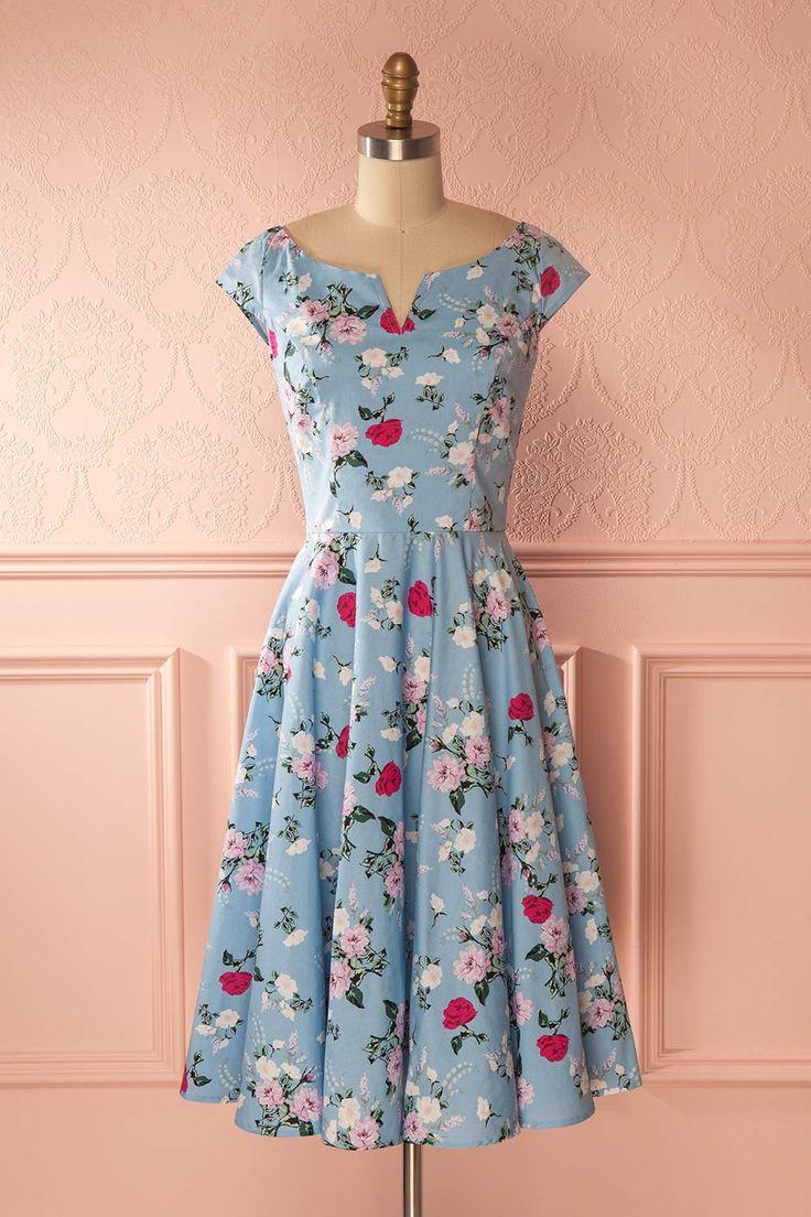 Robe bleu pâle rétro à imprimé de fleurs - Light blue floral print retro dress