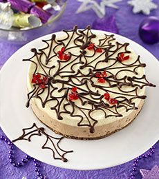 Chocolate Pudding Cheesecake - Beautiful and traditional pudding flavours combine with chocolate in this great cheesecake! Delicious Christmas pudding.