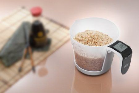 "Electronic Kitchen Scale by ADE Franca  //  ""Weighs dry and liquid ingredients in pounds, fluid ounces or grams."" Brilliant"