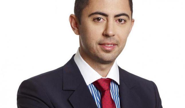 Comisia juridica a Camerei Deputatilor urmeaza sa il audieze, luni, pe deputatul PSD Vlad Cosma, in cazul caruia Ministerul Justitiei a solicitat incuviintarea arestarii preventive. Membrii comisiei u