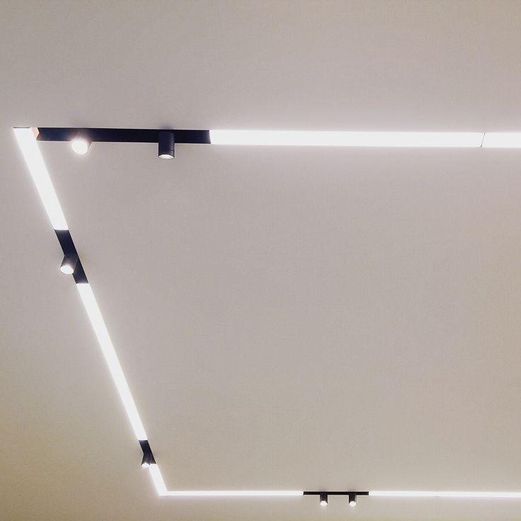 @flos_usa @flosscandinavia @flos_worldwide running magnet in our #residential #lutron #lightinstall #lightingdesign #lighting #light #design #освещение #свет #дизайн #архитектура #interiordesign #interior #интерьер #строительство #светодизайн