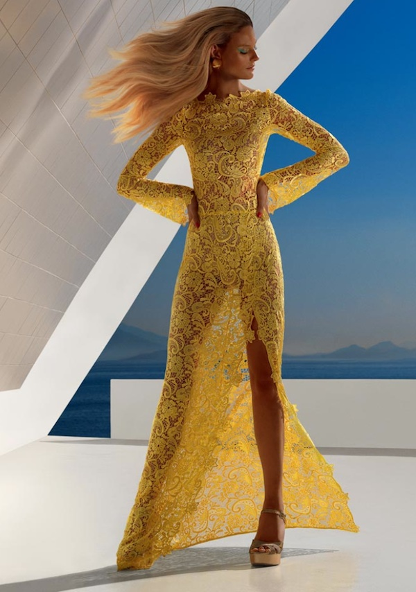 *yellow lace dress;
