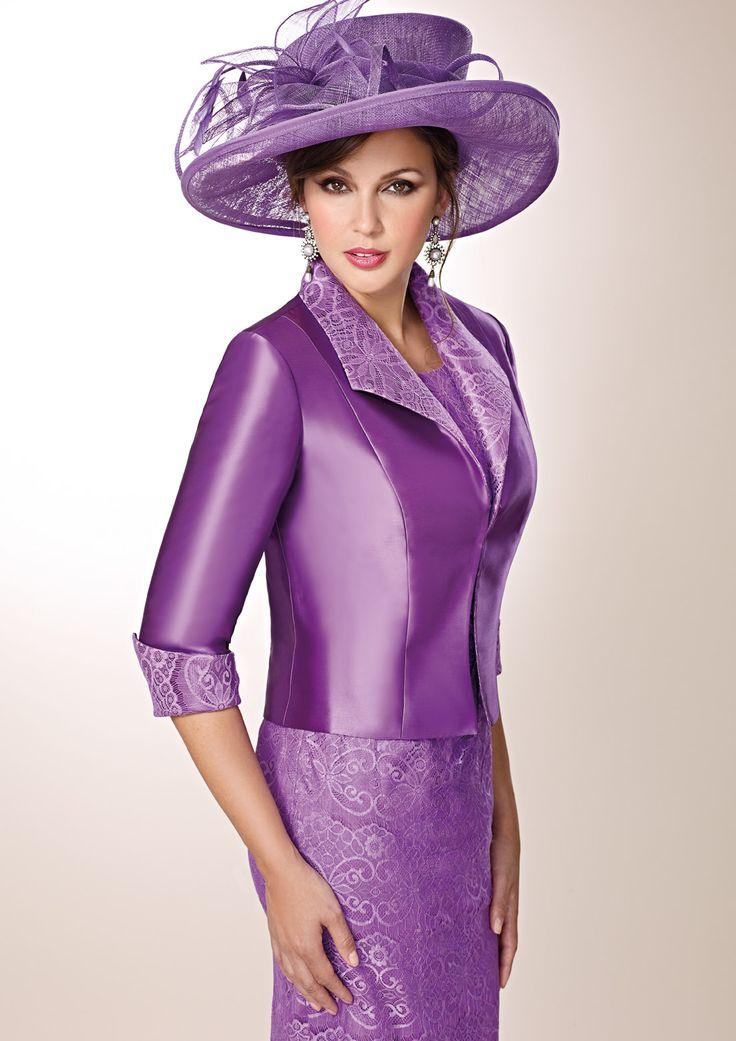 ZEILA DONNA 9252  Vestido de fiesta corto en encaje, con pedrería y chaqueta en mikado