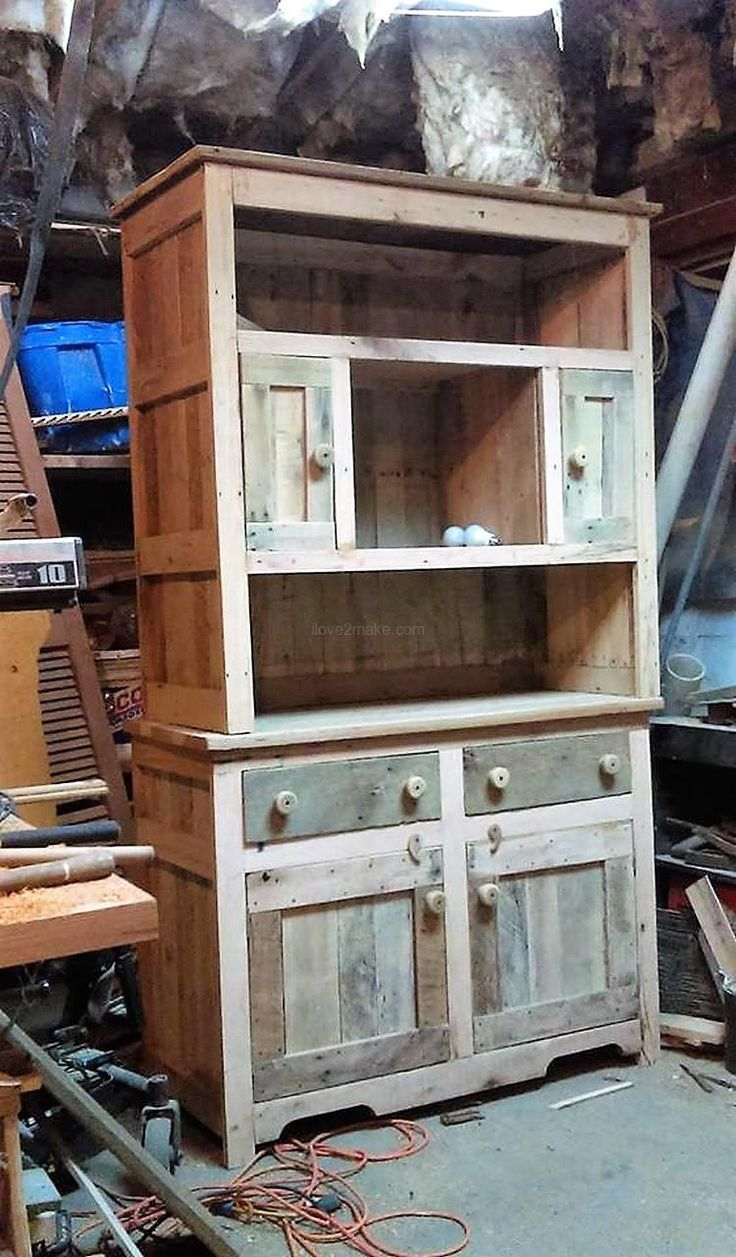 pallet hutch recycling ideas