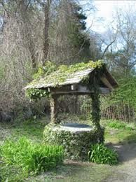 Wishing well, This would be so nice with a flowering ivy growing on it