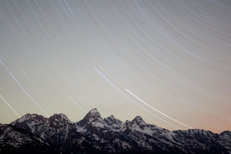 Photo of the Day 04/22/12 - The stars streak across the sky above Grand Teton National Park during the Lyrid meteor shower in Jackson Hole. Photographer: Jake Johnston: Gods Beauty, Teton National Parks, Stars Streaks, Meteor Showers, Jake Johnston, Beauty Pics, Jake Photography, Photography Art