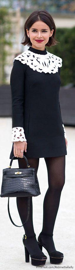 Street Style | Miroslava Duma, PFW - inspiration via blossomgraphicdesign.com #boutiquedesign #boutiquewebdesign