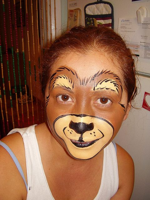 Teddy Bear face paint by Marina N. Neira, via Flickr