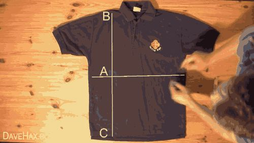 DOBLAR CAMISETA EN 5 SEGUNDOS Cómo doblar una camiseta en 4 simples pasos. ¡Muy bueno!
