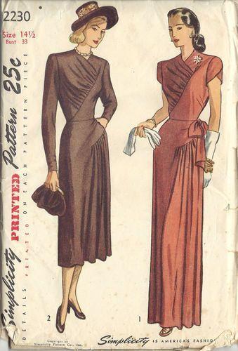 "1940s Vintage Sewing Pattern DRESS (Bust 33"") (220)"