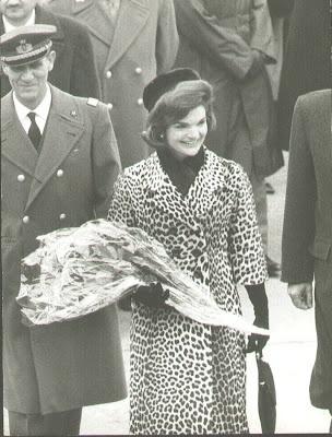 JackieKennedy Families, Jackie Kennedy, Jacqueline Bouvier, Timeless Beautiful, Bouvier Kennedy, Leopards Plaid, Jacqueline Kennedy, Kennedy Clans