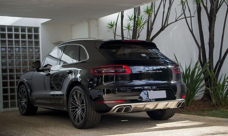 Porsche Macan Turbo Launched in India