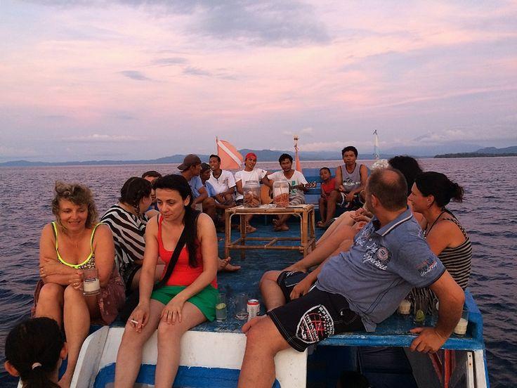 Onong Resort Siladen . Sunset Trip . Celebes Divers