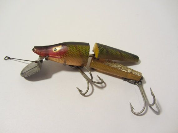 Heddon scissortail lure 9830l perch scale 1950s for Perch fishing lures