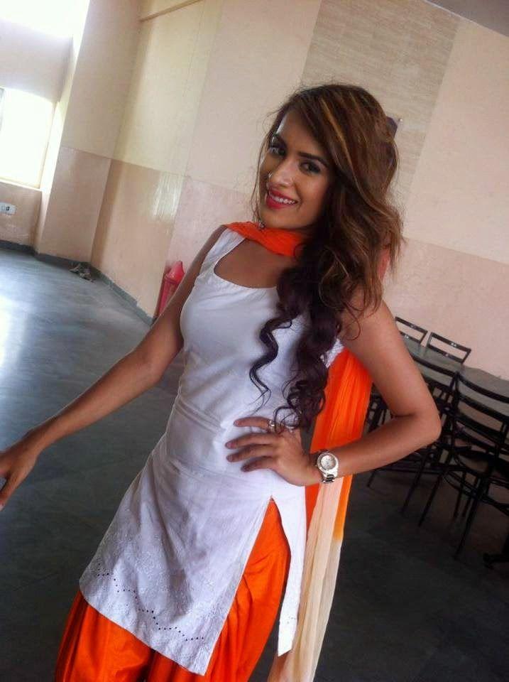 punjabi-women-sexy-image-momboysex-pict