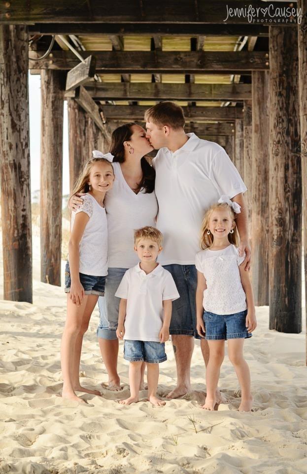 Family beach session pose. @ Jennifer Causey Photography