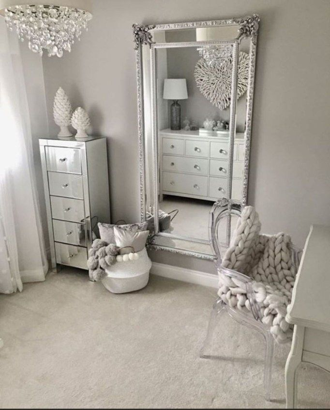 Beautiful Bedroom Mirror Ideas Can Improve Your Bedroom 04