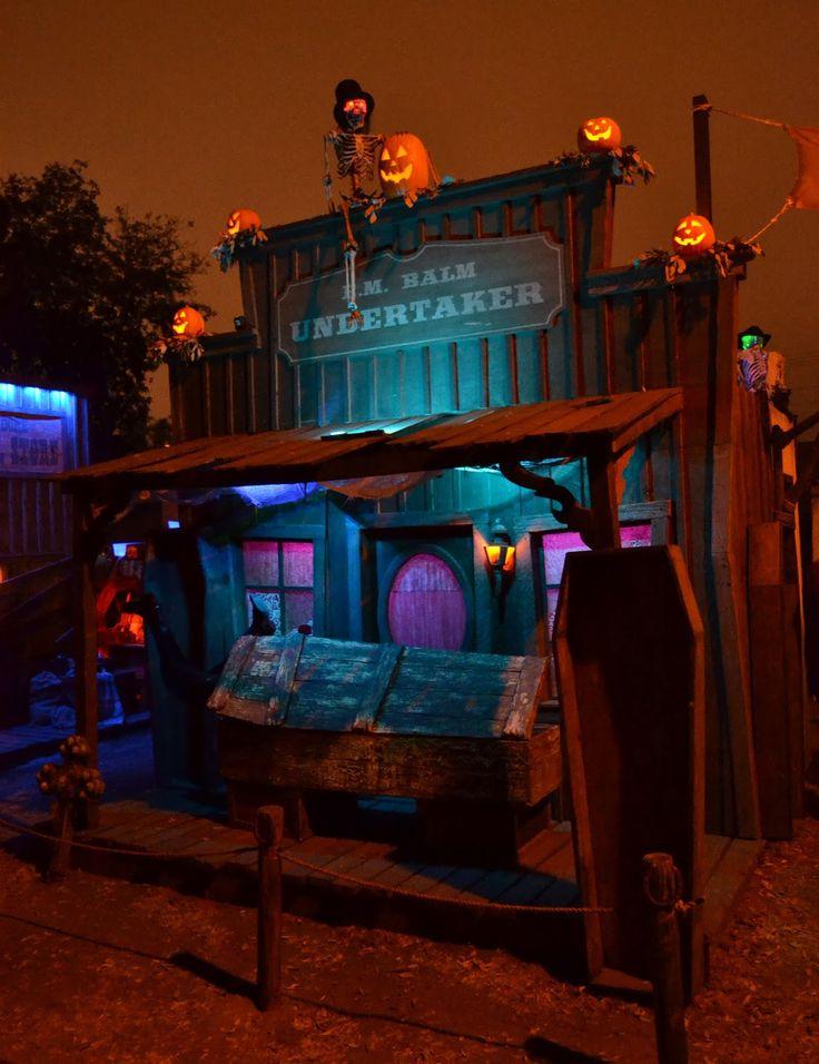 halloween outdoor lighting. spookshowscom blog more grave rock gulch photos halloween outdoor lighting