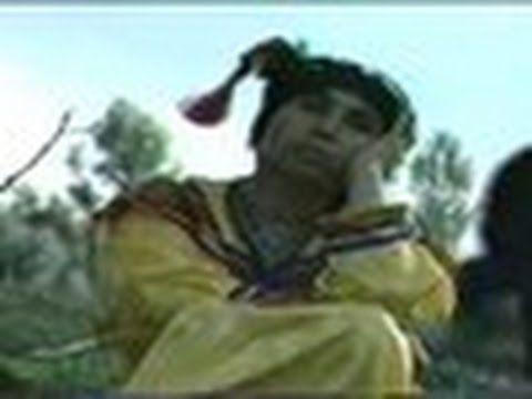 musique kabyle chanteuse kabyle jedjiga,(awiyi awiyi) clip tourné en kabylie