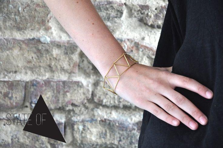 Geometrisch Armband Kette Messing aus Dreiecken  von State of A auf DaWanda.com