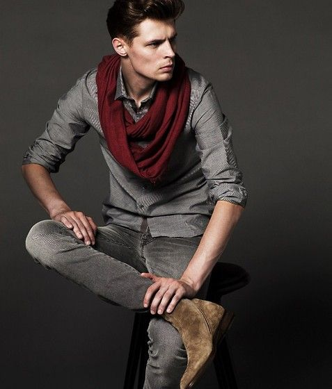 i want this outfit : Dapper But, Men Red, Red Scarfs, Infinity Scarfs, Men Style, Men Fashion, Dudes Style, Gq Men, Red Scarves