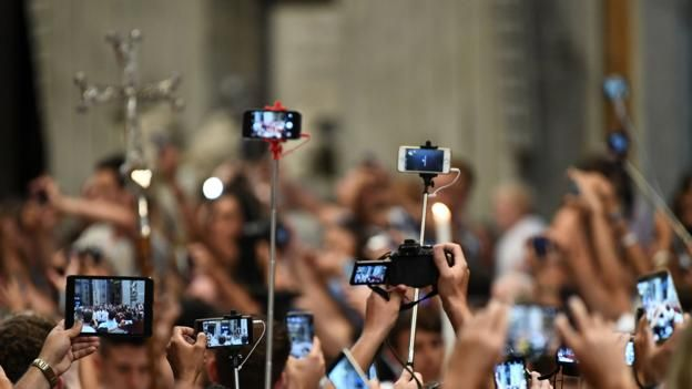 How smart phones and social media are changing Christianity
