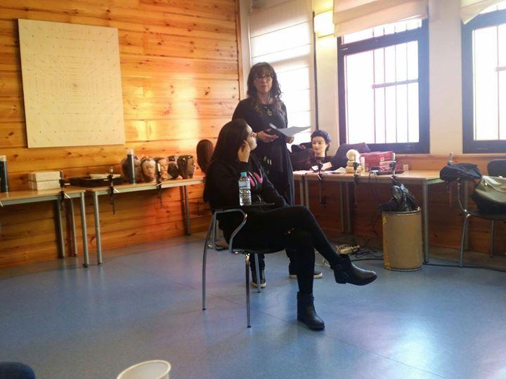 """Curso de Maquillaje Profesional & Aerógrafo  IRMA DE LA GUARDIA  Peluquería de Plató con VERÓNICA JIMÉNEZ VALLEJO MIJAS NATURAL (Beauty & Hair) en constante formación esta vez en el TEATRO CÁNOVAS (Málaga) donde se imparte el curso """"Reciclaje en Maquillaje Profesional y Aerógrafo"""" impartido por la profesora IRMA DE LA GUARDIA RAMOS con el objetivo de enseñar a través de la teoría demostraciones y prácticas las técnicas tradicionales entendiendo como tal la aplicación del maquillaje con…"""
