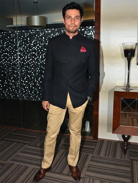 Short Length Yet Elegant Bandhgala Jacket. #Indian #Fashion #WomenTriangle www.womentiangle.com