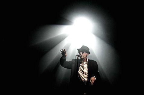 Alain Bashung en concert à Nancy en 2008 (Sipa)