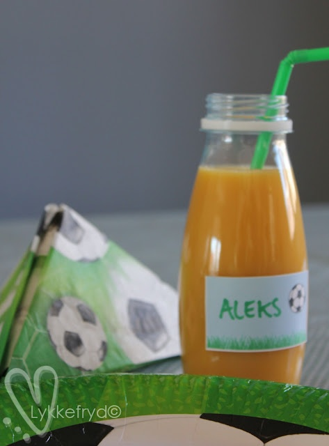 smoothie with name tags