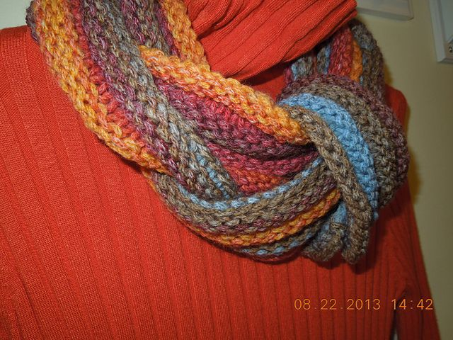 A warm winter cowl. Fast knit in bulky yarn. Free pattern. Love the color!