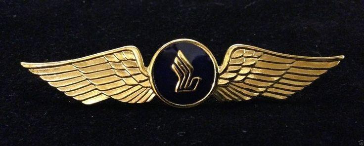 Singapore Airlines SIA SQ Pilot Captain Wings flight brevet insignia badge plane