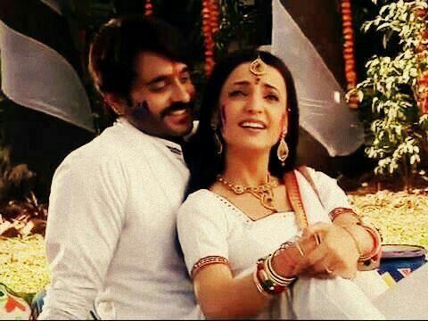 Rudra & Paro in a Promo for Holi #Rangrasiya
