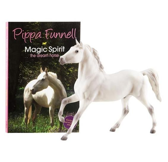 Breyer Pippa Funnell's Magic Spirit The Dream Horse Book And Horse Set