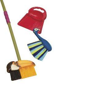 B. Tropicleania : Broom and Dustpan Set