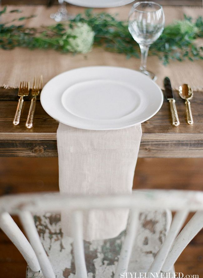 Beautiful Table With Brown Green And White Details