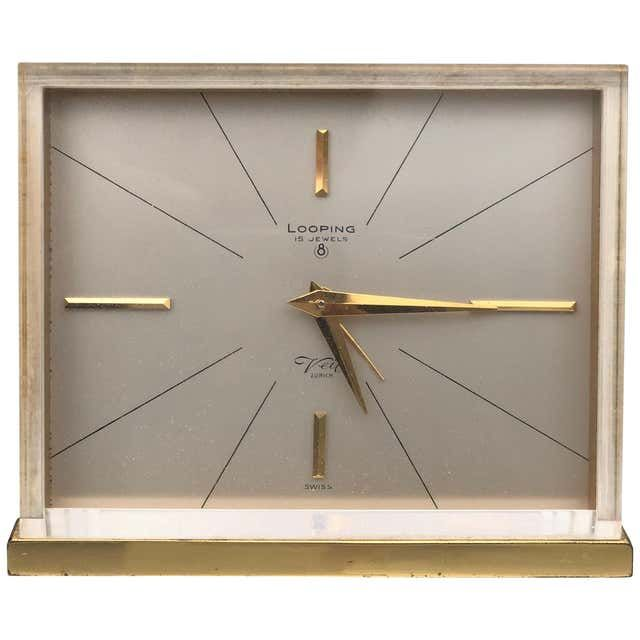 Mid Century Modern Table Clocks And Desk Clocks 115 For Sale At 1stdibs Page 2 In 2020 Wall Clock Glass Clock Desk Clock